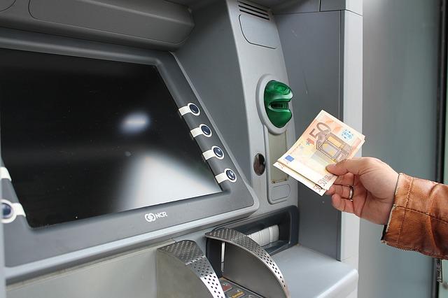 Geldabheben im Ausland kann sehr teuer werden