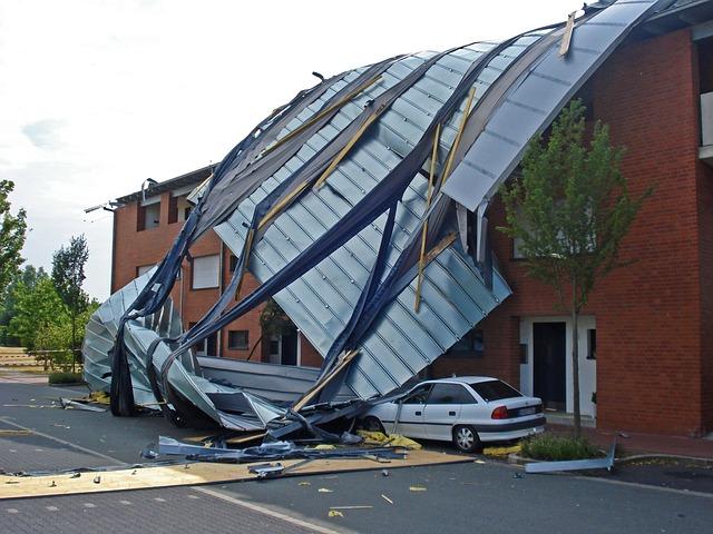 Wann die Versicherung was bei Sturmschäden bezahlt