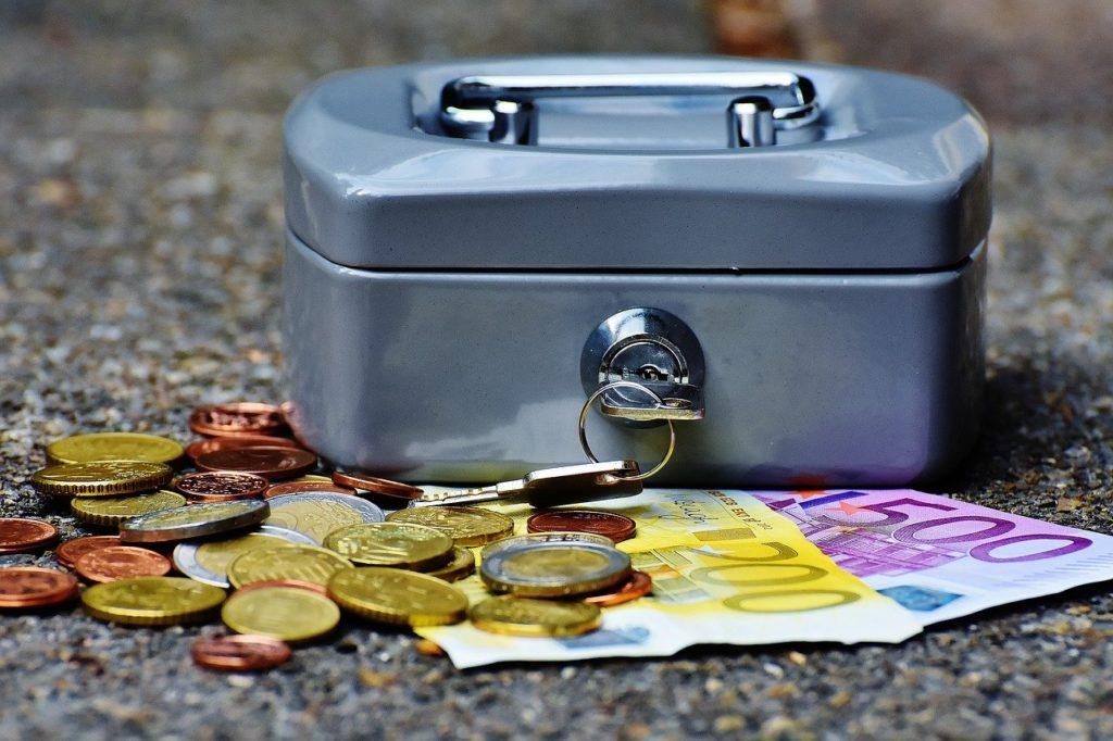 Die Österreicher lieben trotz Corona ihr Bargeld